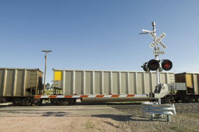 What Does A Flashing Red Light Mean >> What Does a Flashing Red Light at a Train Track Mean? | USA Today