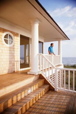 How To Paint An Exterior Wooden Staircase Home Guides