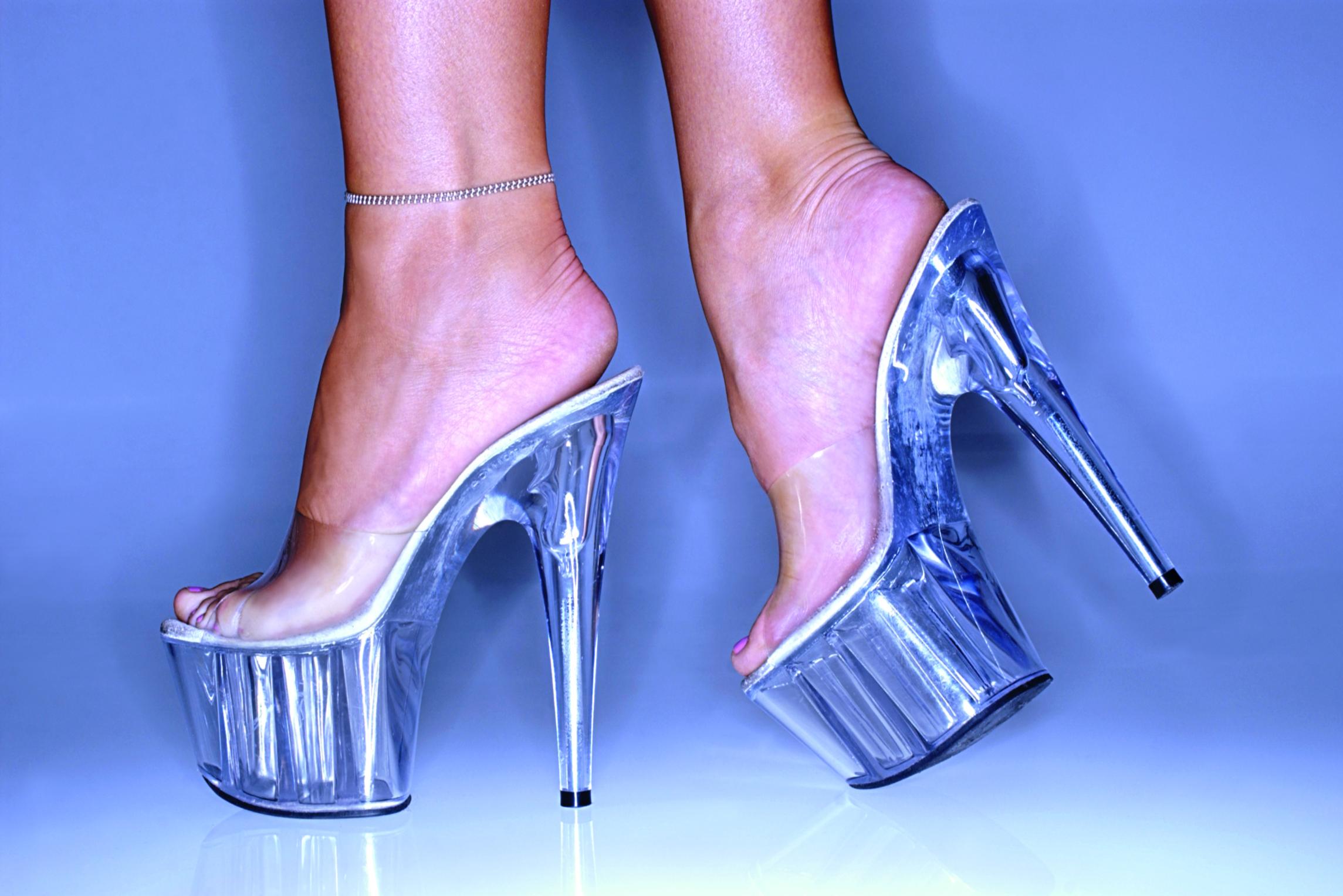 Cuanto Cuestan Unas Zapatillas Louboutin Originales