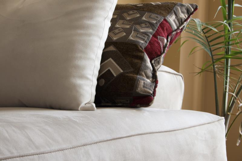 & How do I Clean Microfiber Couch Seat Covers? | Home Guides | SF Gate pillowsntoast.com