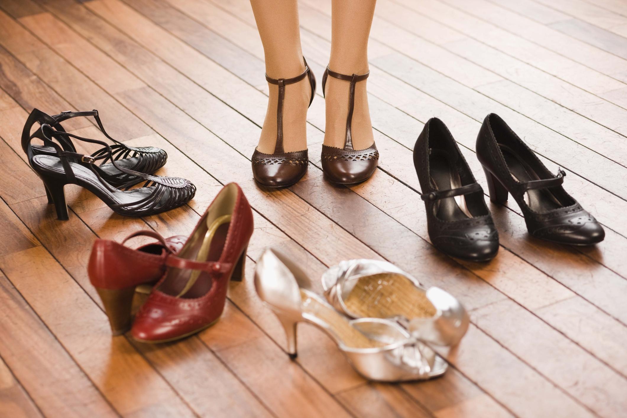 Примерка обуви фото 11 фотография