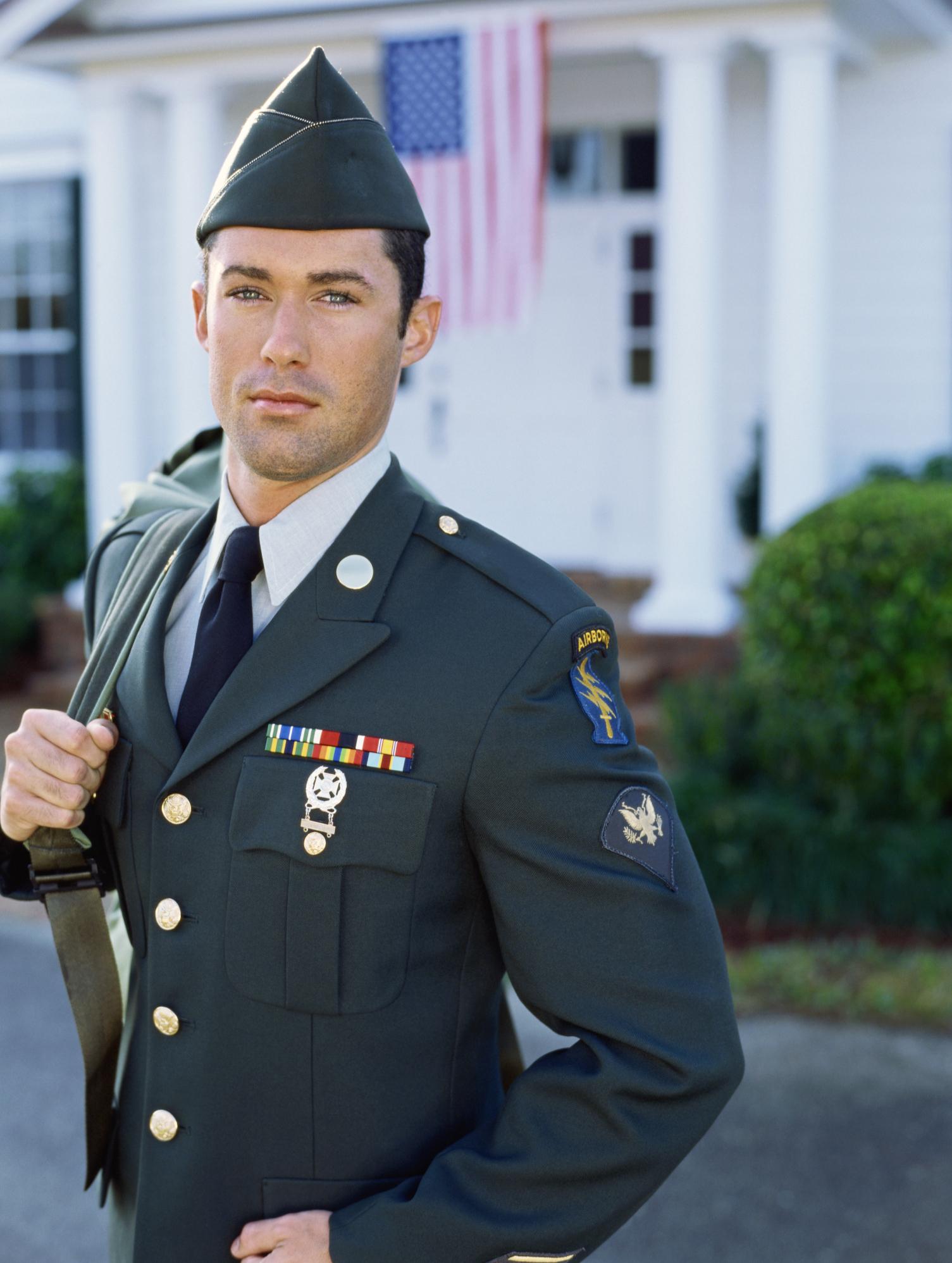 Proper Placement of Medals on a USMC Dress Blue Uniform