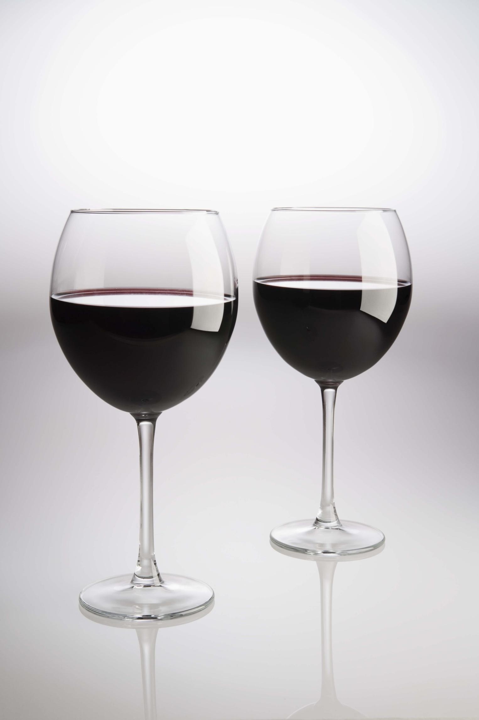 Qu Puede Quitar Las Manchas De Vino Rojo De Una Pared Blanca  ~ Como Quitar Las Manchas De Vino Tinto