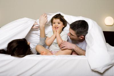 How To Arrange An Adult S Bed And A Child S Bed In A Small