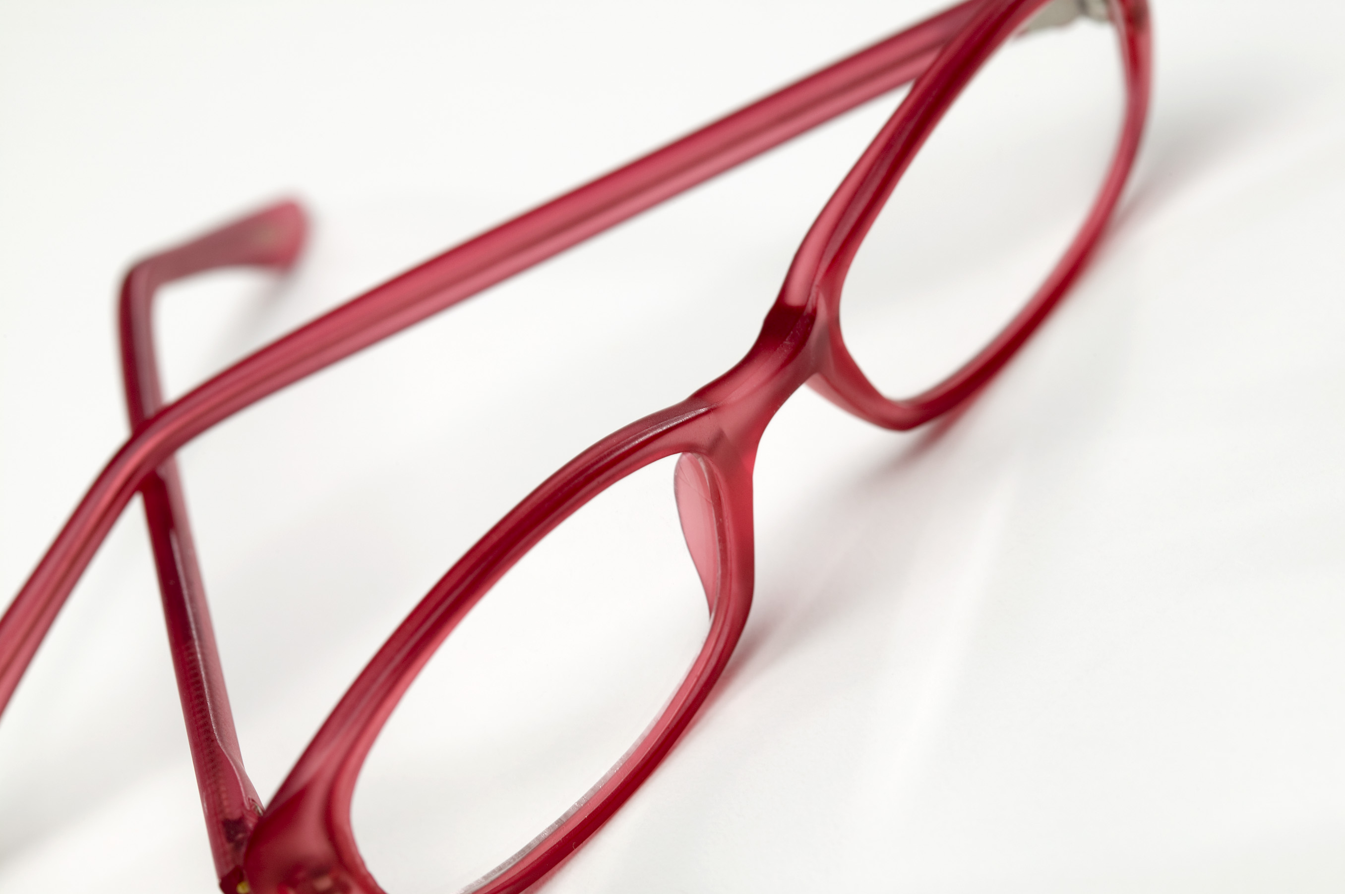Cuáles son las partes de los anteojos?  