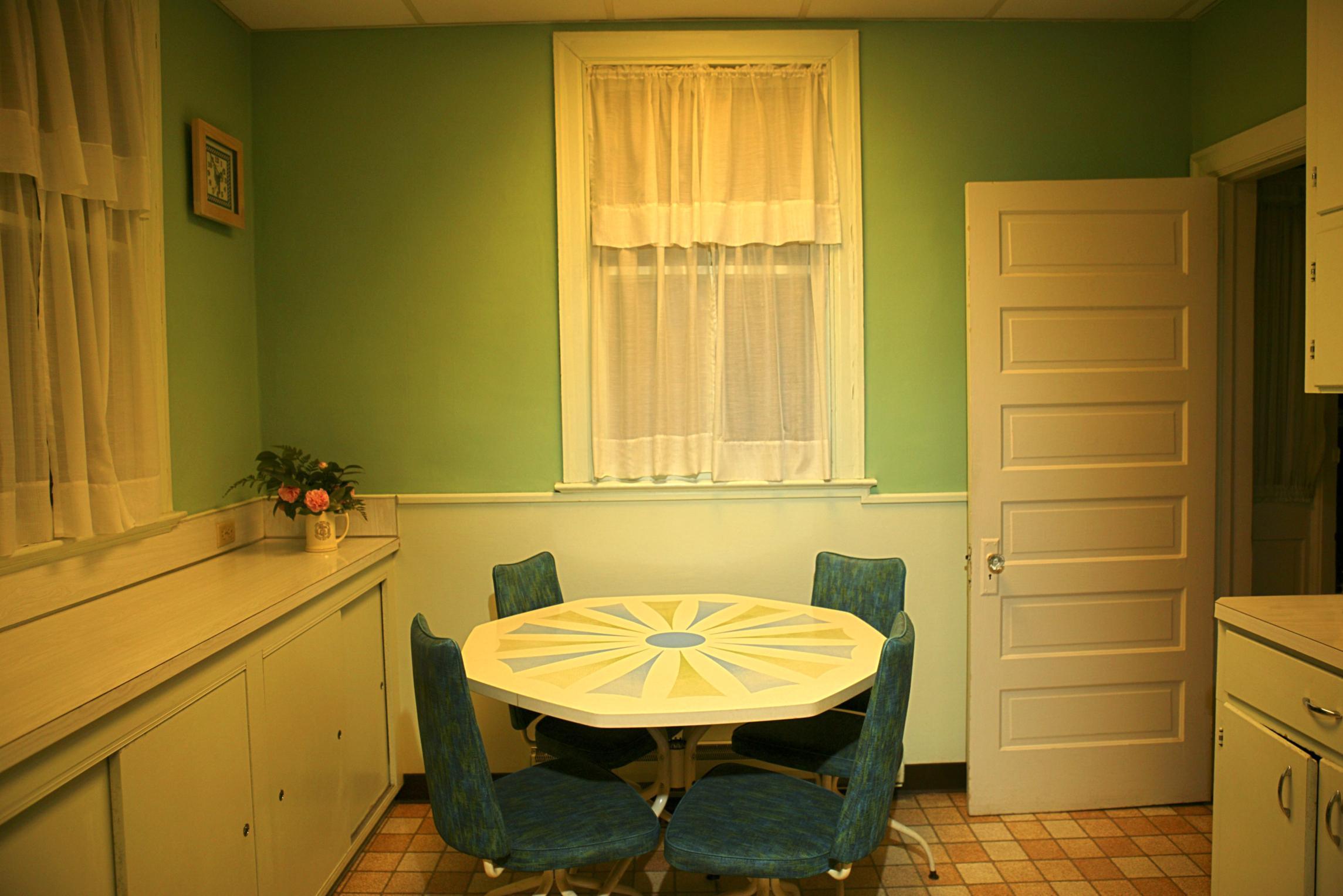 1930s kitchen cabinets uk kitchen 1930 kitchen design photos