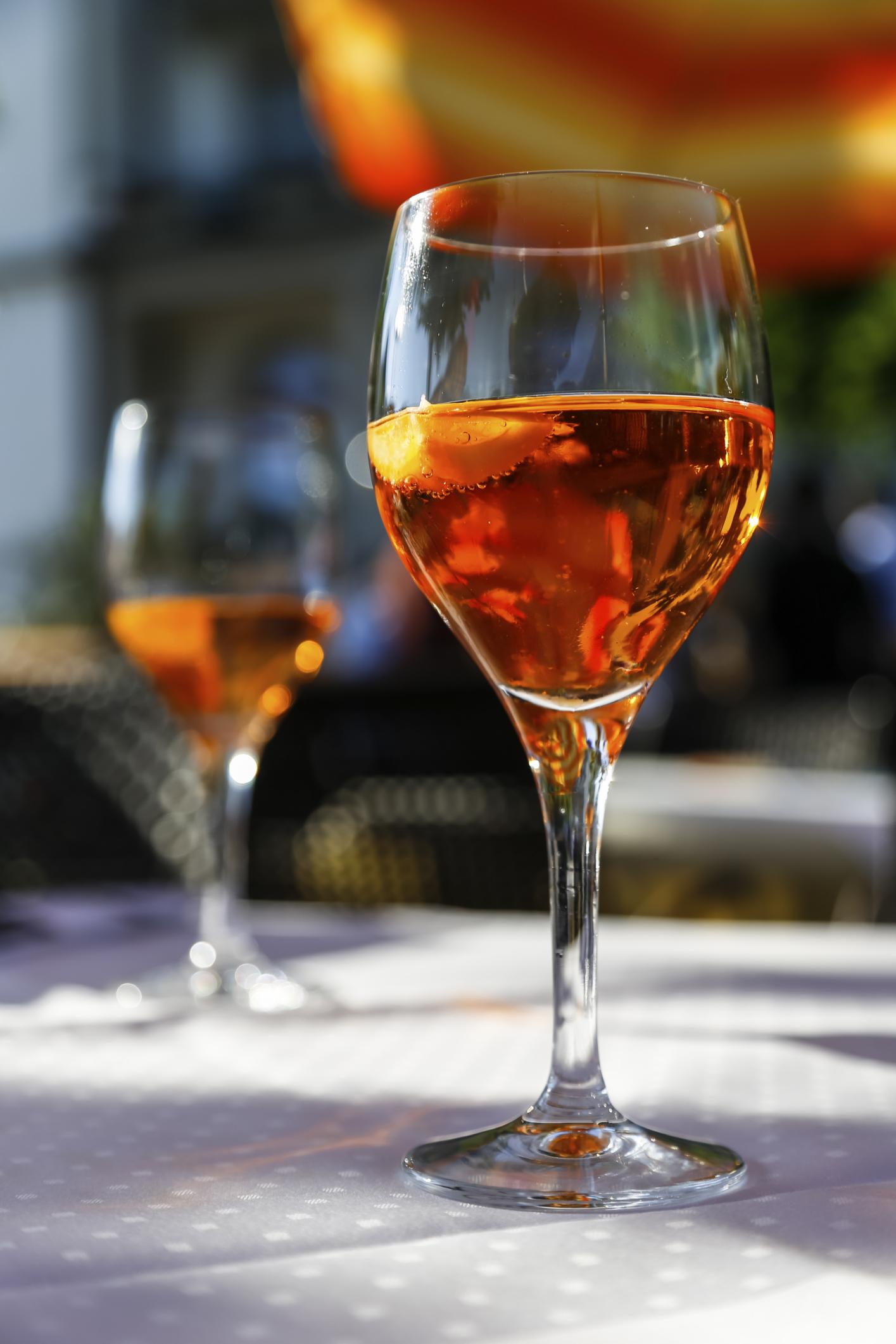 How to Make Raisin Wine | LEAFtv