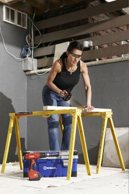 Journeyman Carpenter Job Description - Woman