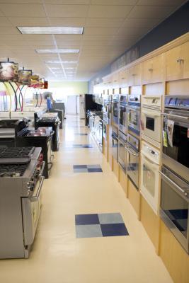 Tama o de la abertura en un gabinete para un horno for Dimensiones horno empotrado