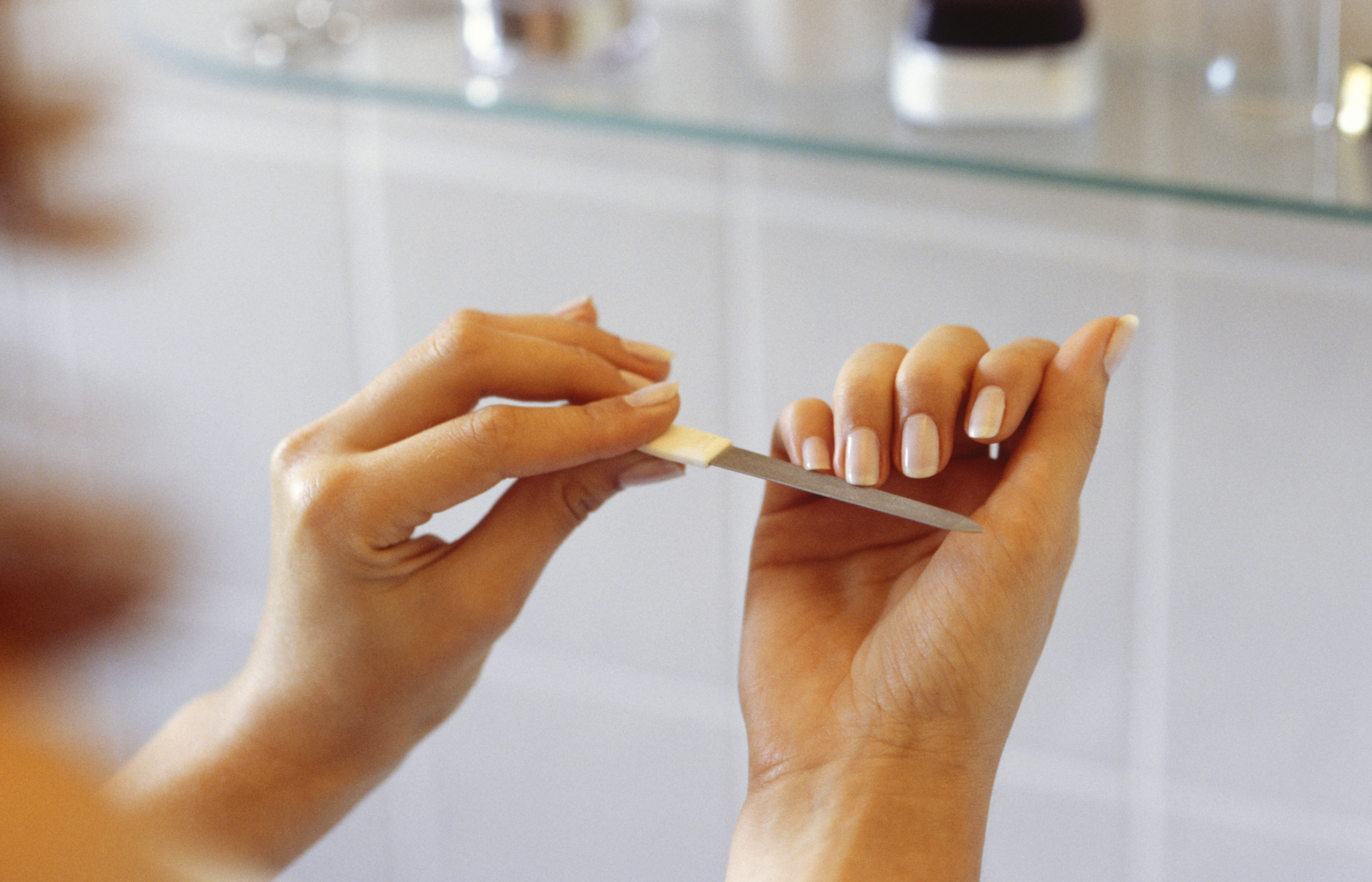 Symptoms of Malnutrition in the Fingernails | LIVESTRONG.COM