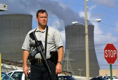 nuclear officer Aaron artman 3419 hickman street geneva, il 60134 (111)-435-2546 [email] job objective to enhance my skills as a nuclear security officer by joining forces with a growing establishment seeking qualified applicants highlights of qualifications: huge knowledge of nuclear security regulations and procedures.
