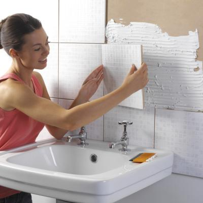 how to lay out ceramic tiles on shower walls home guides sf gate. Black Bedroom Furniture Sets. Home Design Ideas