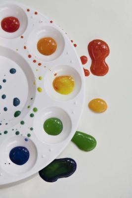 C mo mezclar colores primarios para crear otros ehow en for Mezclar colores de pintura