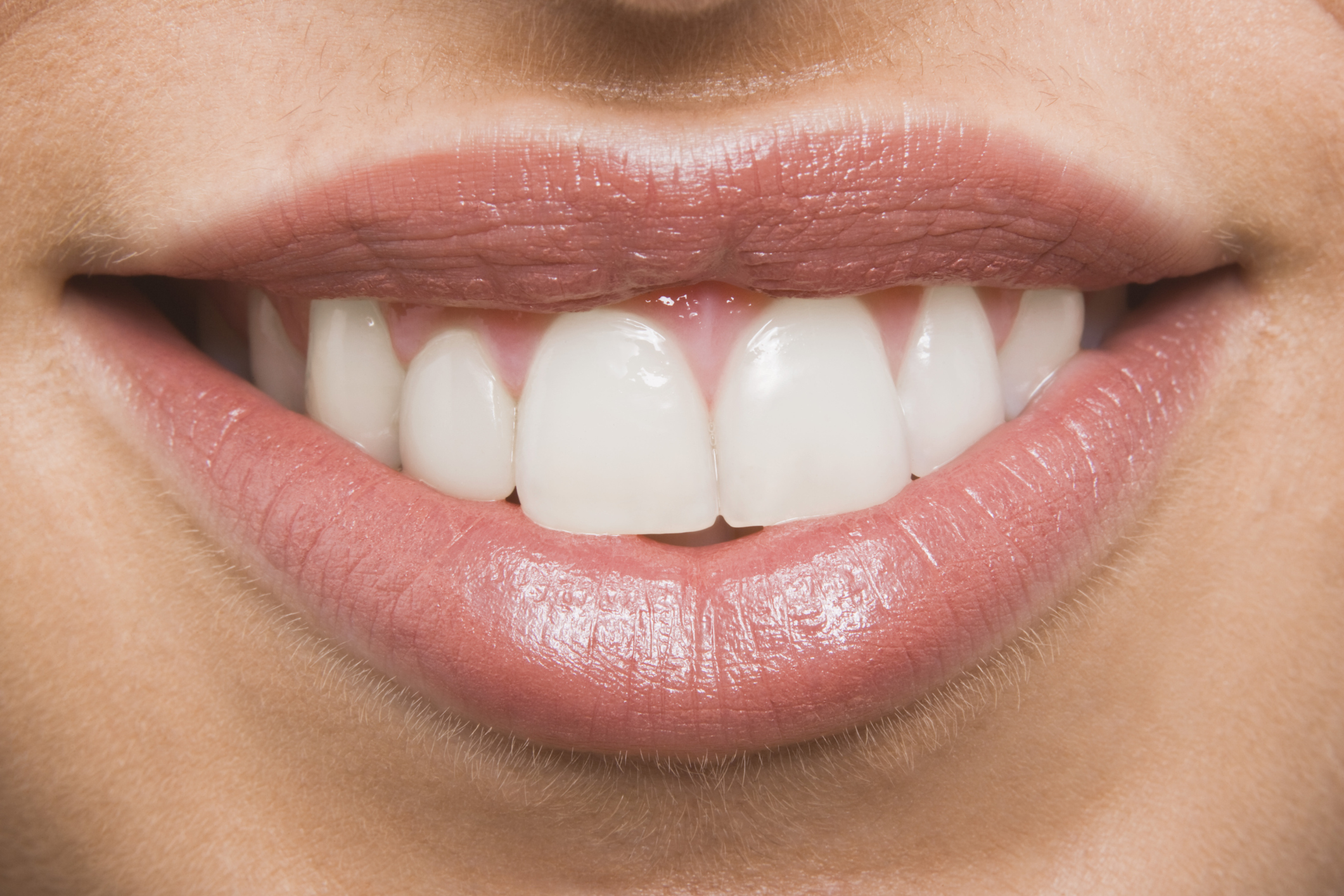 How to Polish Teeth at Home | Our Everyday Life