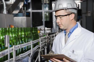 plastic machine operator description