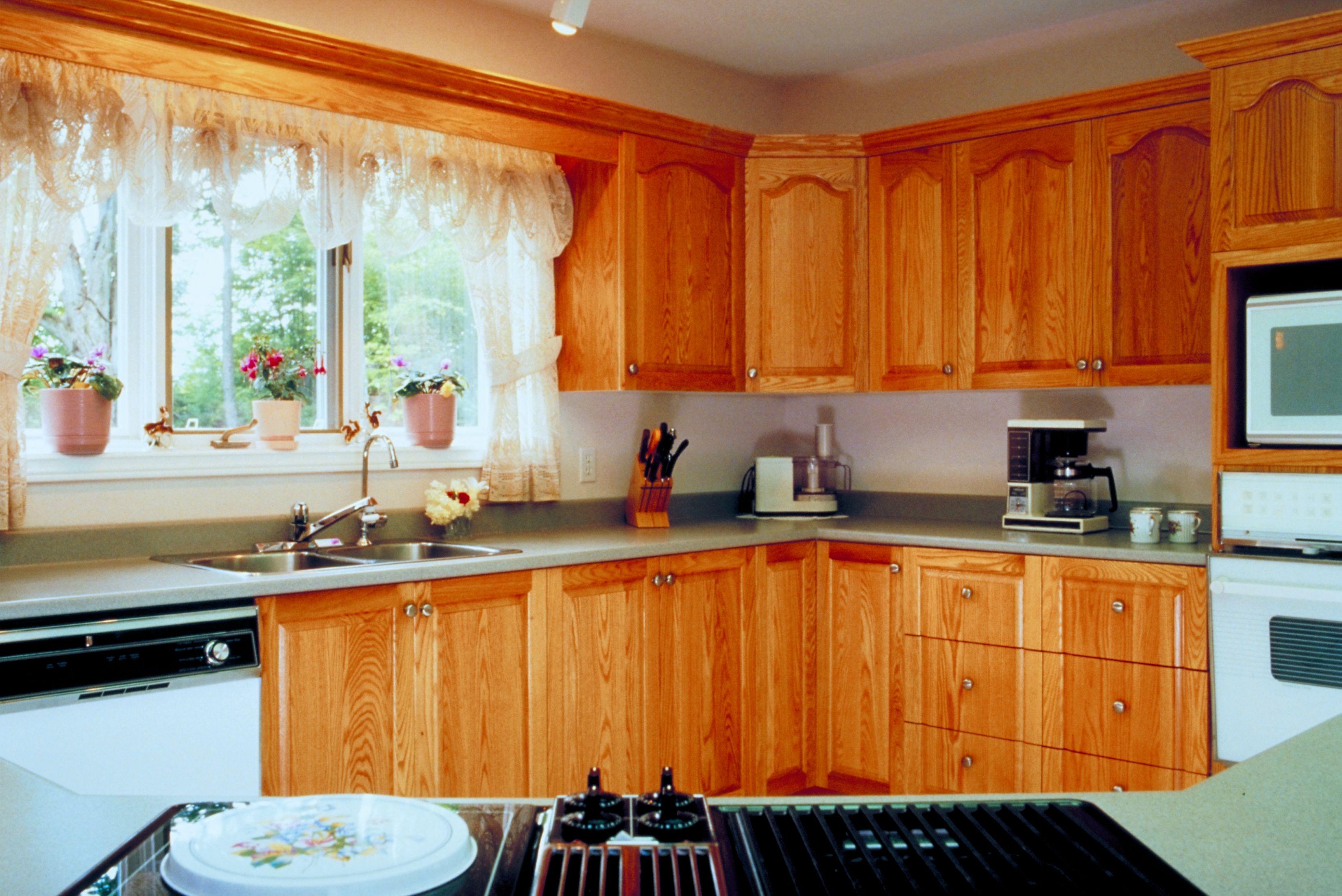 Coordinar gabinete de la cocina piso de madera de color - El Mejor Color De Mesada De Granito Para Gabinetes De Roble Ehow En Espa Ol