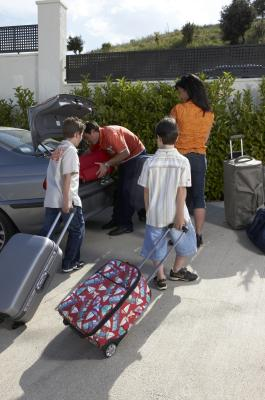 What Information is Needed for Children to Fly Delta Airlines ...