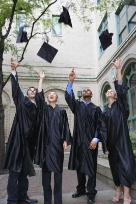 Is Going to College and Getting a Degree Worth It? – Pros & Cons