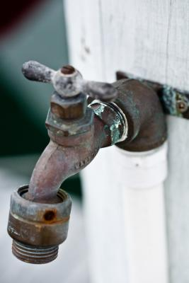 How To Fix The Water Spigot On The Side Of Your House