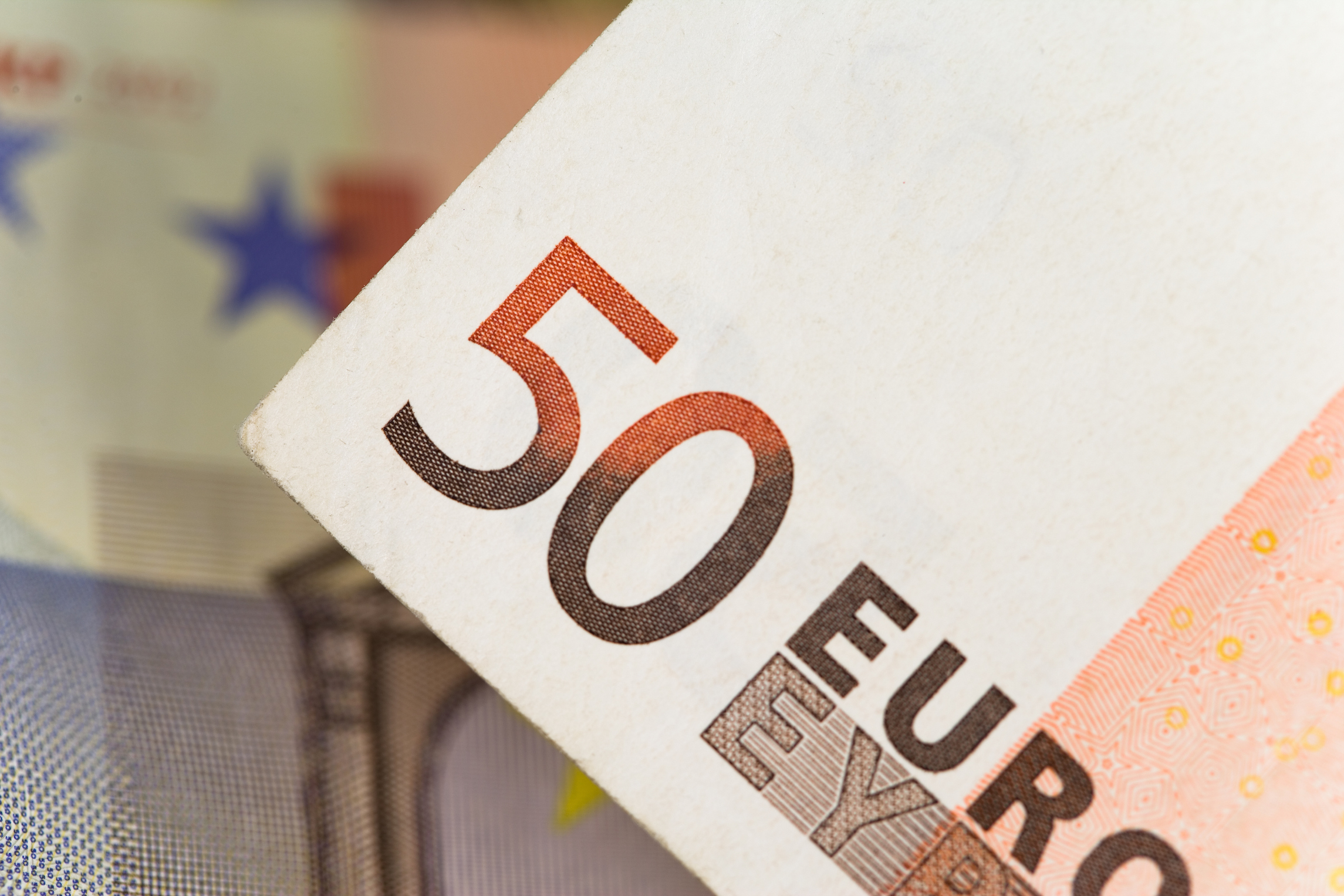 How to buy euros in us