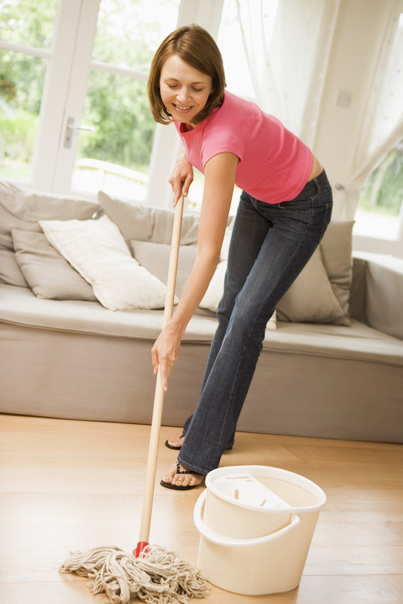 Calories In Sweeping Amp Mopping A Floor For An Hour Chron Com