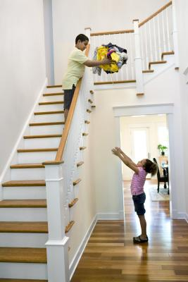 How To Replace A Staircase Railing Home Guides Sf Gate