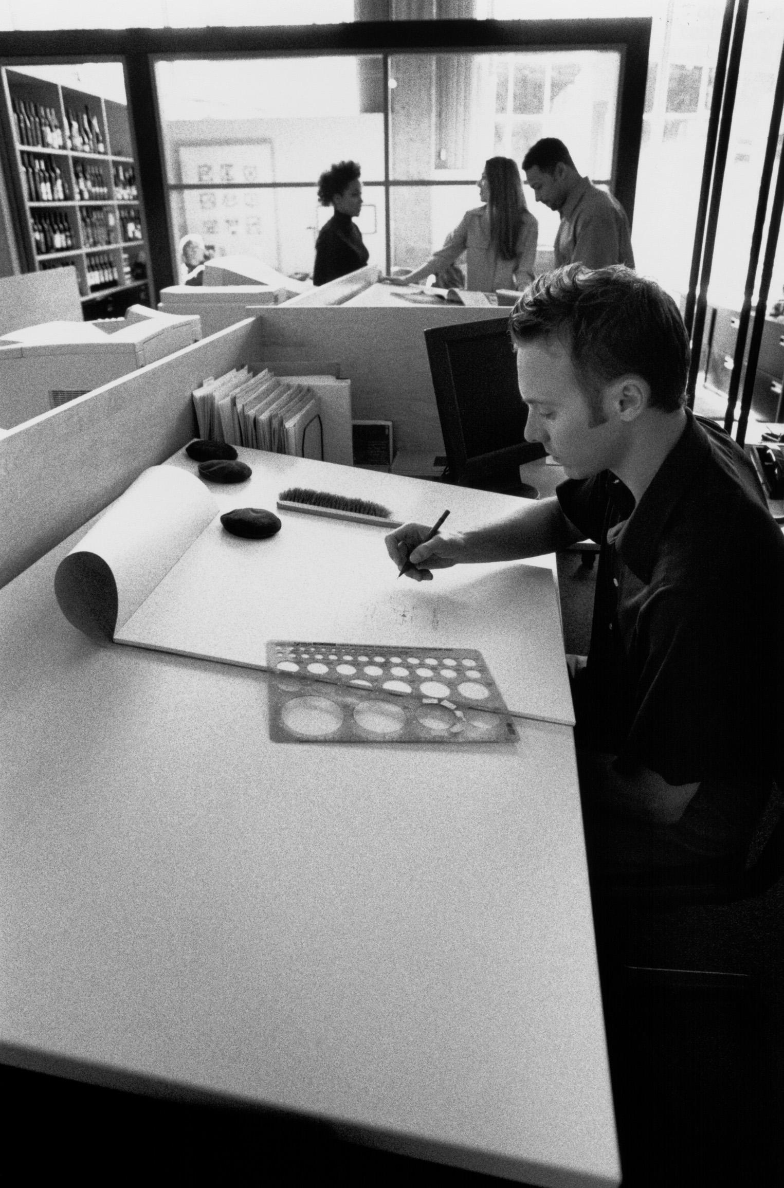 Tipos de mesas de dibujo  eHow en Espaol
