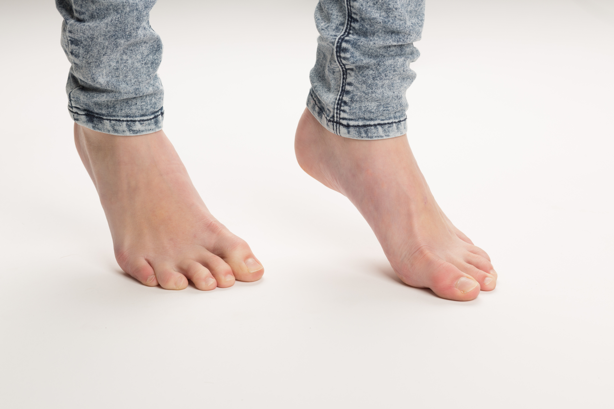 Foot Exercises for Metatarsal Pain | LIVESTRONG.COM
