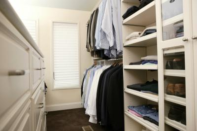 what type of fixture is needed for a walk in closet light home