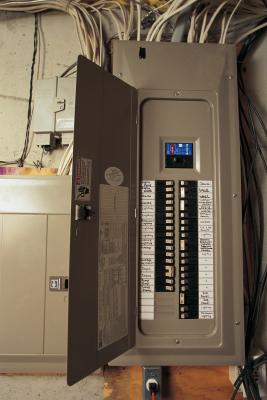 How to check the amp size of a house 39 s electrical service for How to size an electrical panel