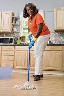Can Vinyl Plank Flooring Be Cleaned With A Steam Mop