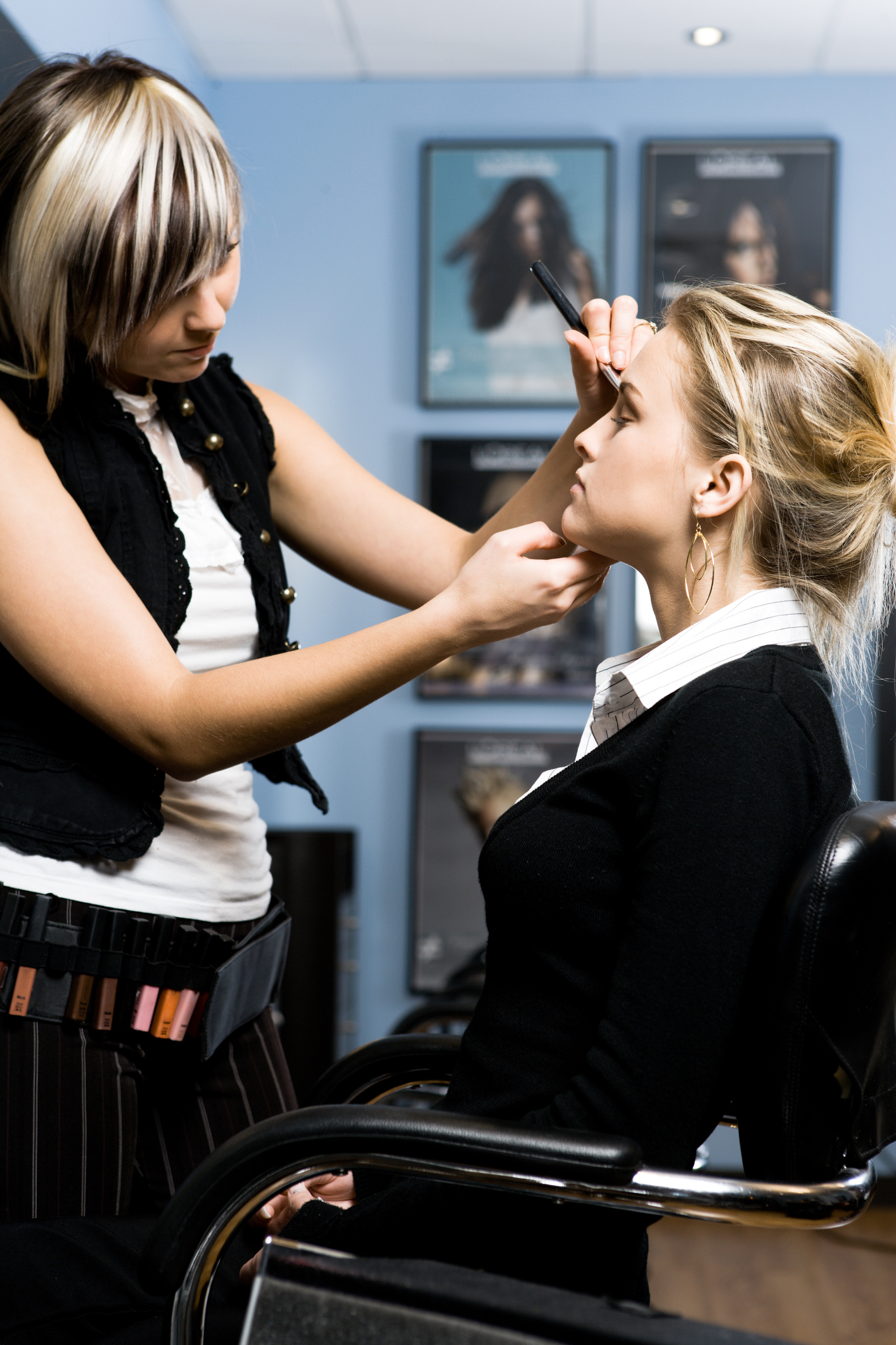 What Type of License is Needed to Open a Makeup Business? | Bizfluent