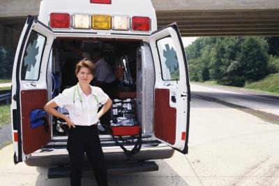 Should nurse practitioners team up with paramedics?
