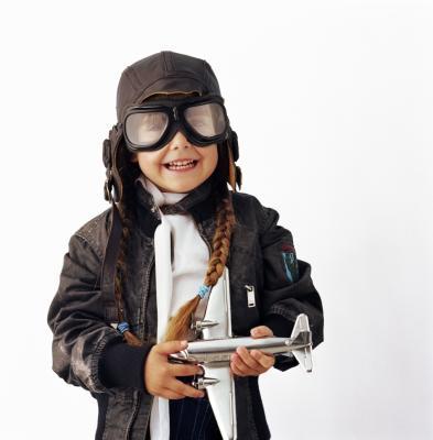 C mo confeccionar una gorra de aviador para un disfraz ehow en espa ol - Piloto photo studio ...