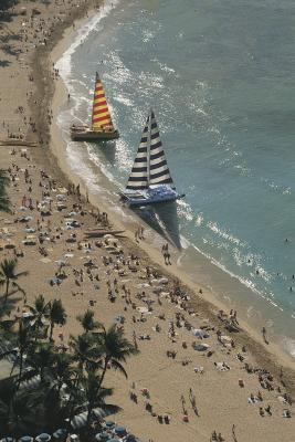 Hot places to go on vacation in december usa today for Best december vacations in usa