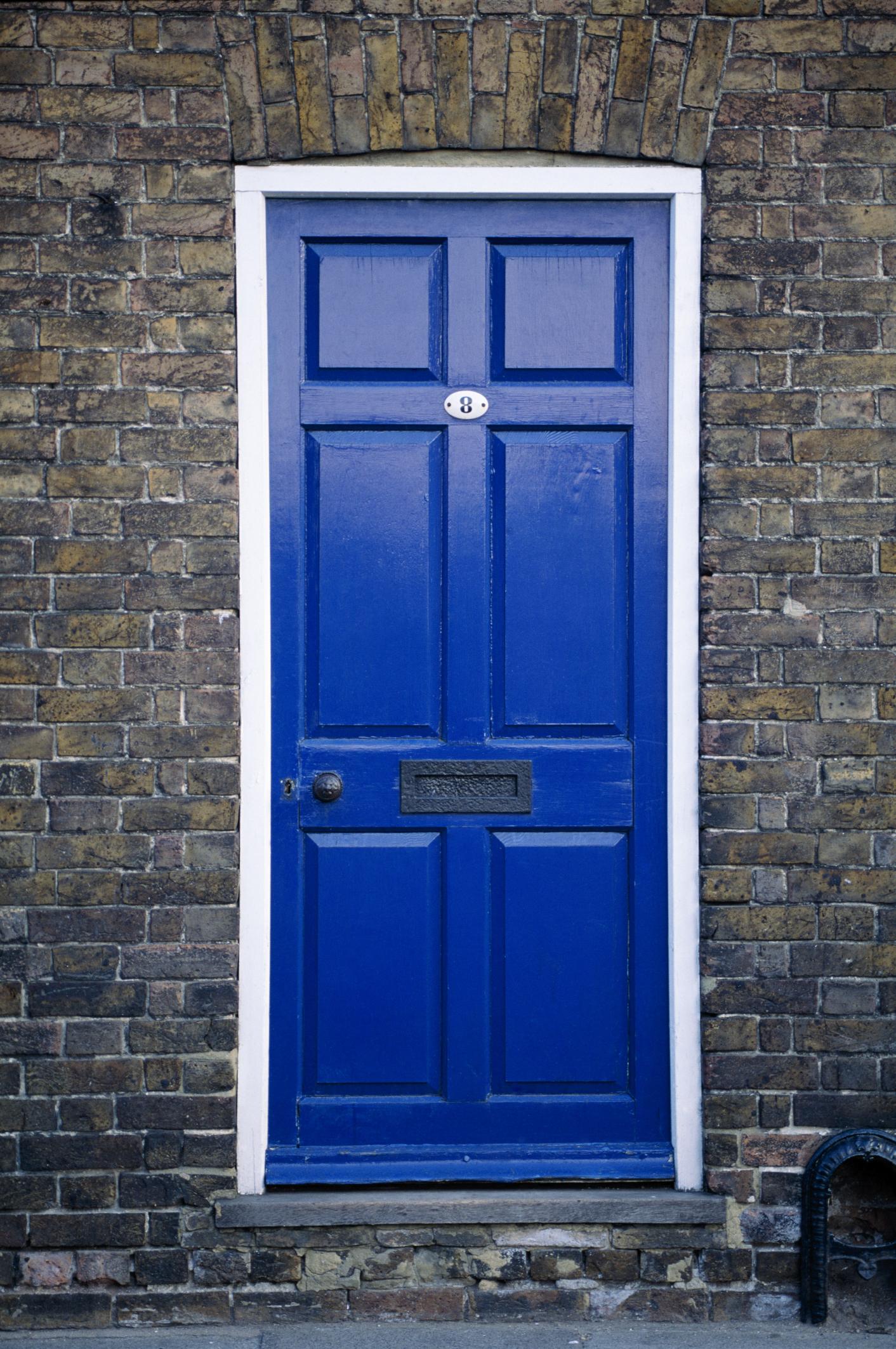 Las puertas y los marcos se deben pintar con poliuretano o con ...