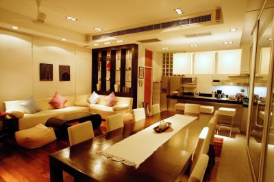 How to arrange furniture in a combined living room and How to combine living room and kitchen