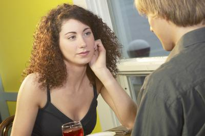 Ways to Avoid Emotionally Unavailable Men