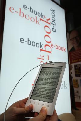 How do i put books on my kindle app