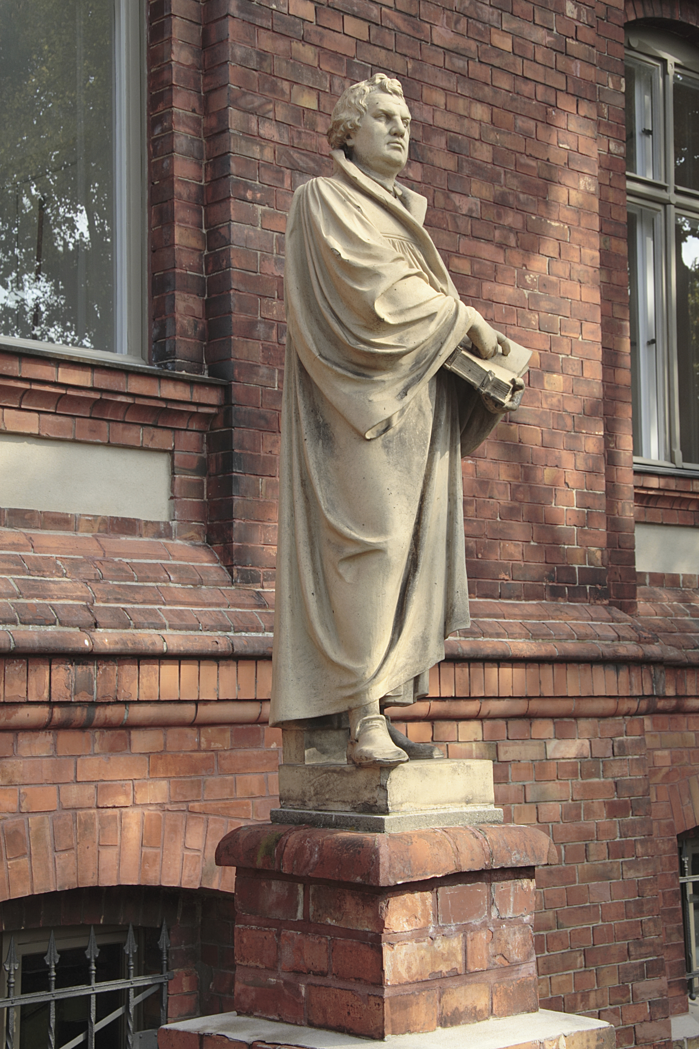 the early life and reformation of martin luther A short historical timeline of the protestant reformation  ingredients for a full reformation as martin luther would  his life overlapped luther.