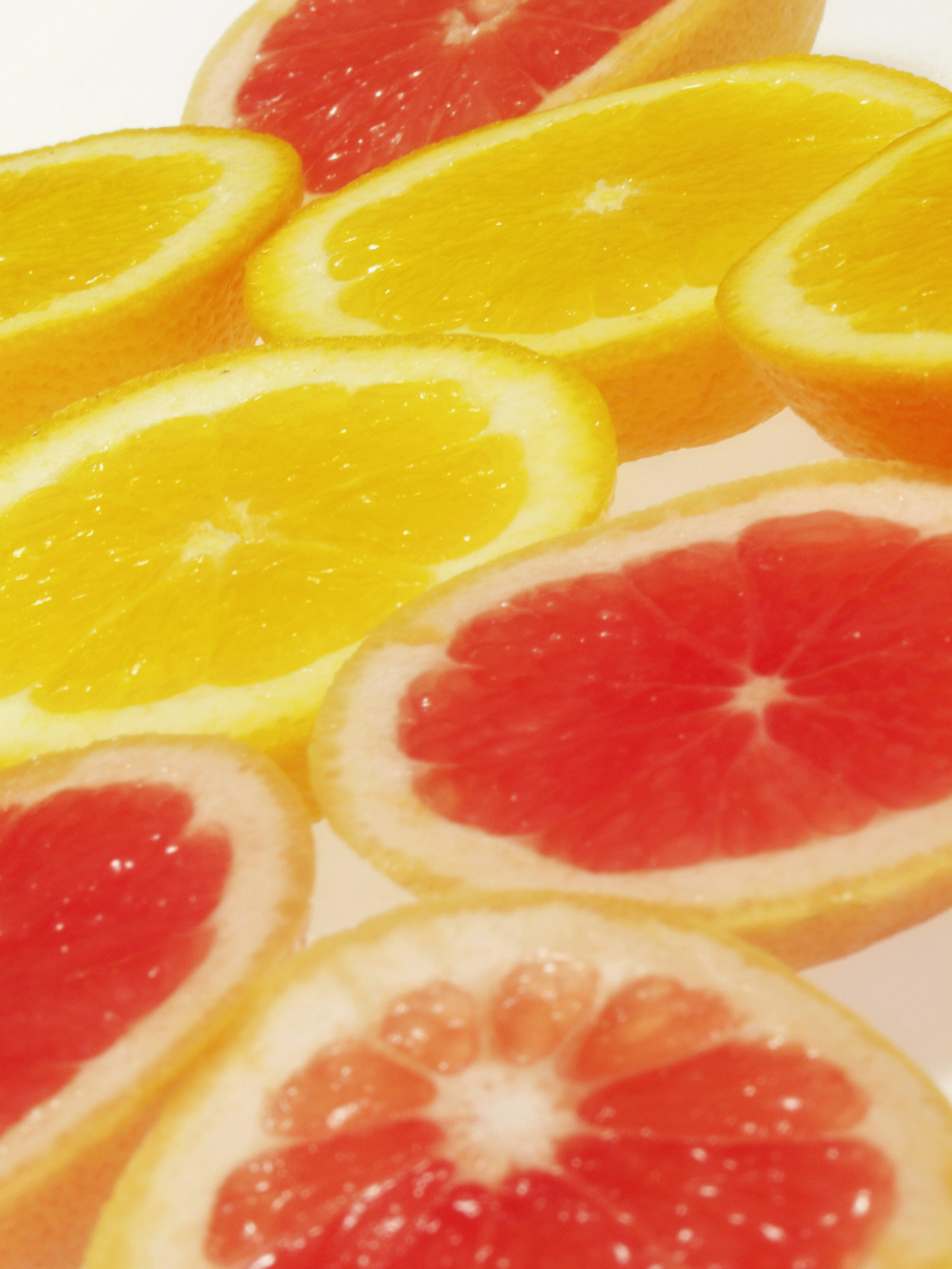Grapefruit and orange juice both have a low-range glycemic index.