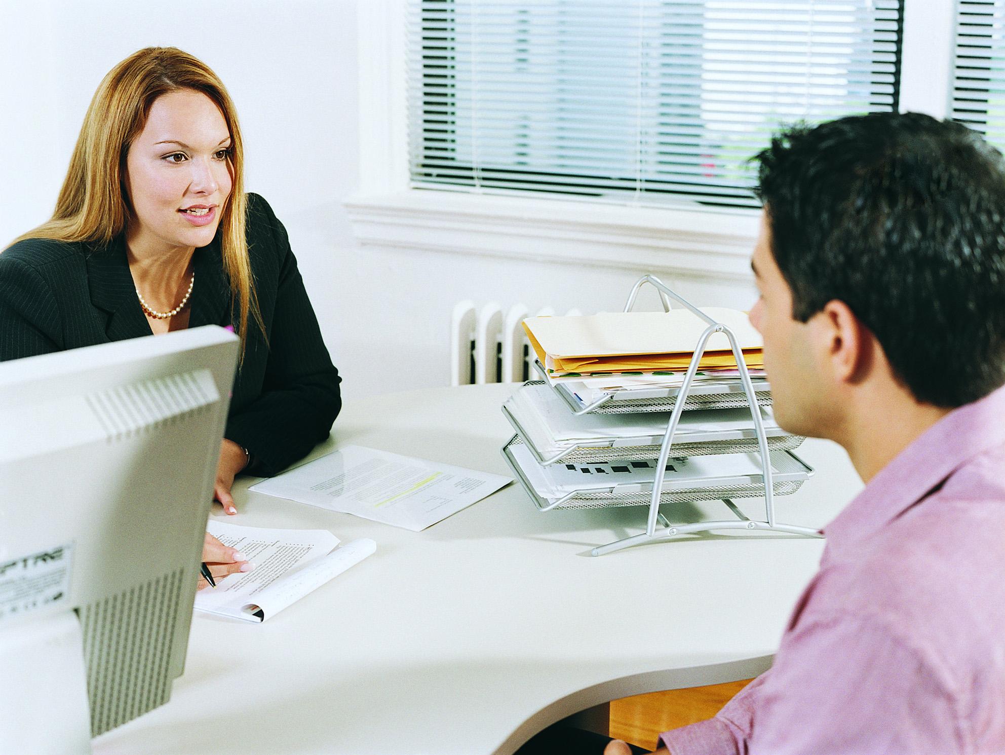 Cómo crear el primer currículum vitae de alguien que acaba de salir ...