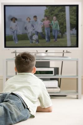 the role of watching television in our daily lives Do you agree or disagree with the following statement? watching television is bad for children use specific details and examples to support your answer.