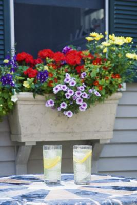 How To Hang A Window Box On Vinyl Siding Home Guides