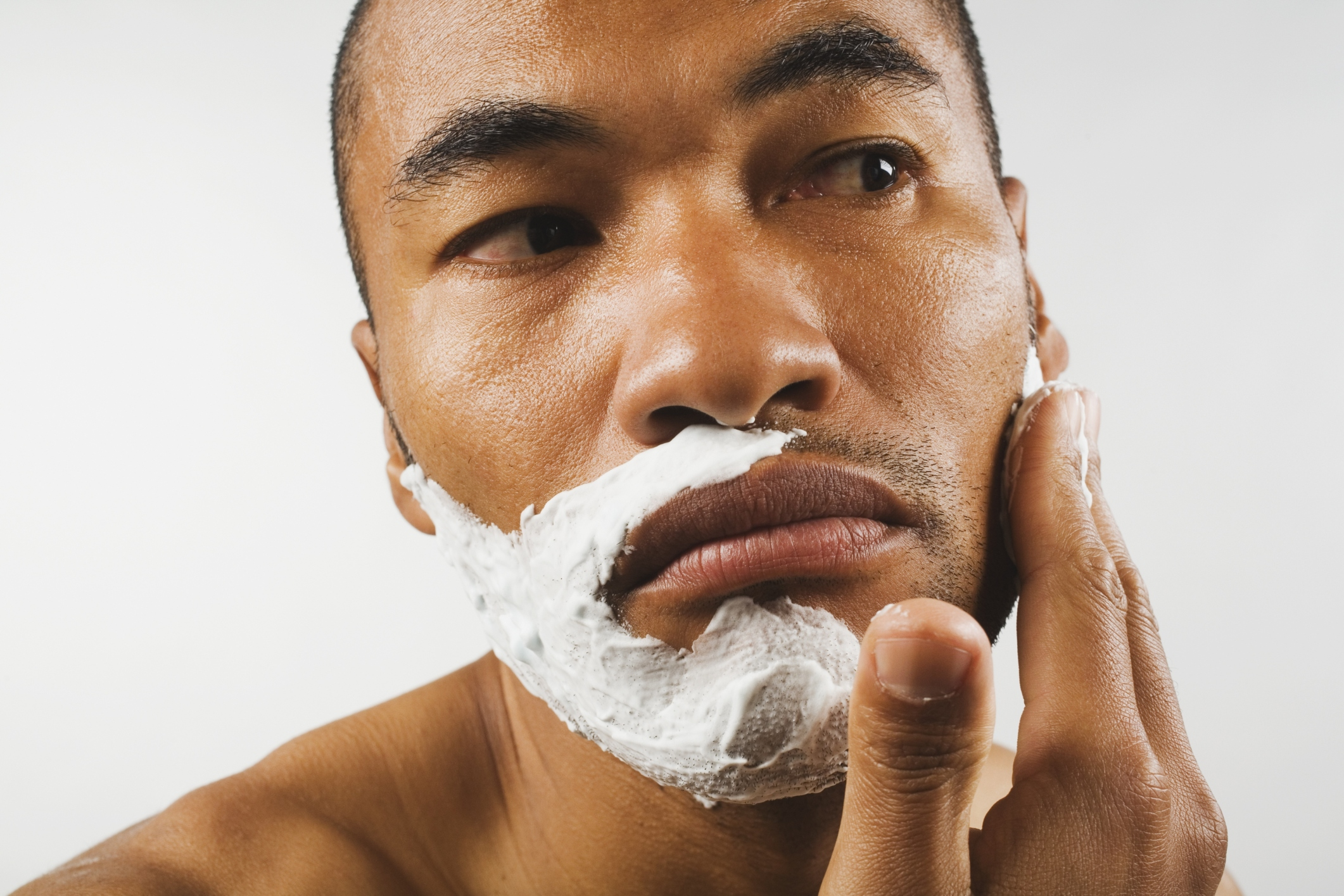 How to Prevent Acne After Shaving pictures