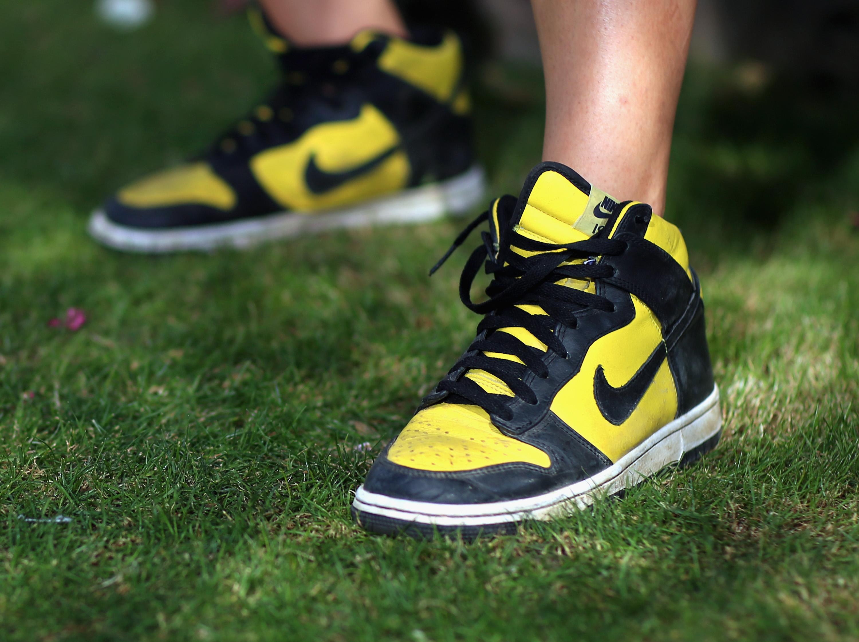 Posteridad muñeca Identificar  Shoe Designer Salary Nike - Nike Lifting Shoes