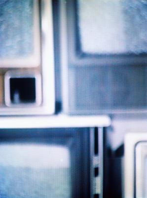 Possible Causes for a Flickering LCD TV Screen | It Still Works