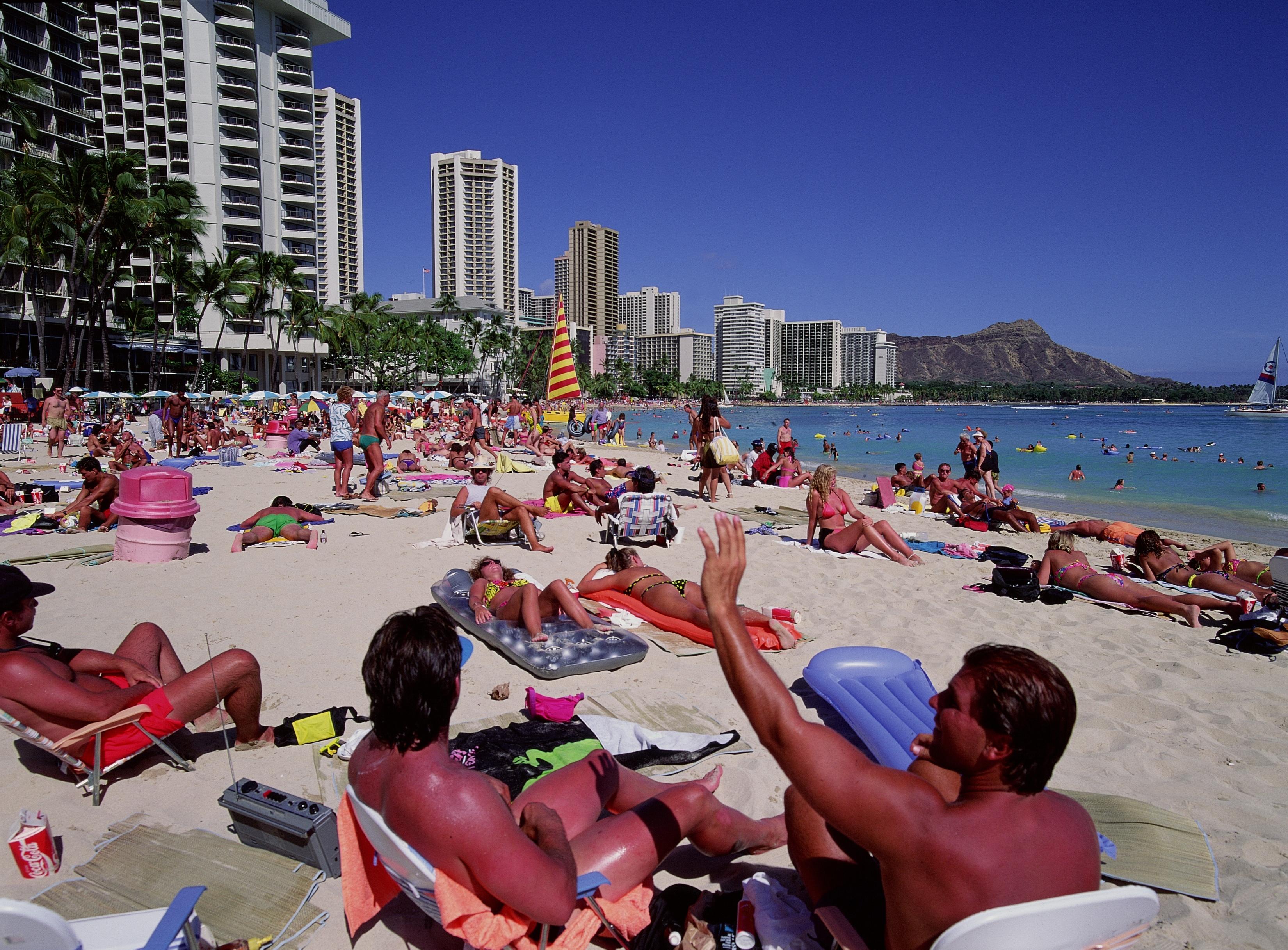 The Busiest Time to Visit Waikiki, Hawaii