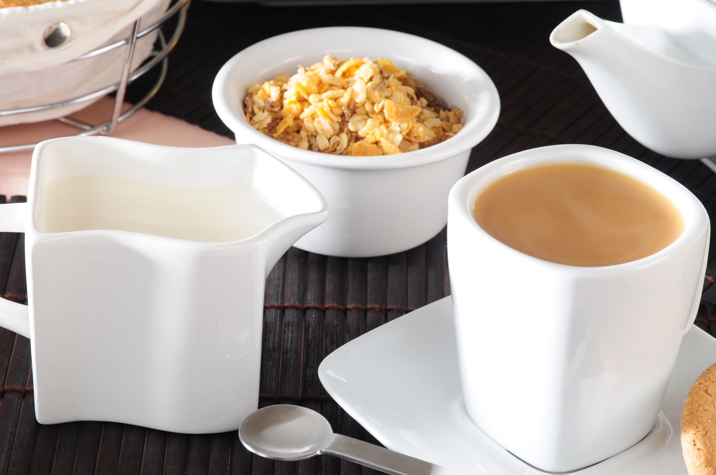 Tea with milk: the benefits and harm to the body, properties and contraindications 50
