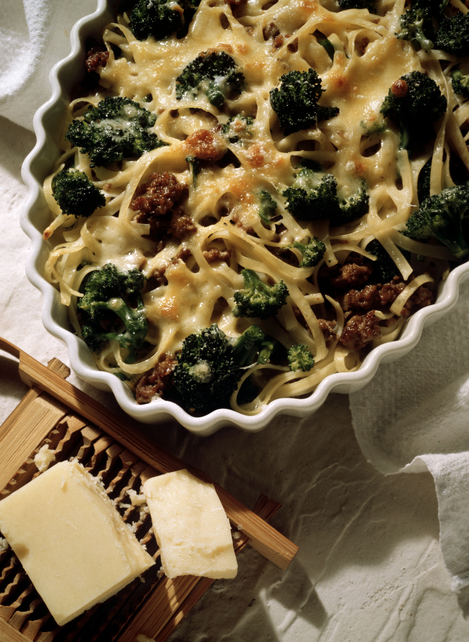 Adding cheesy sauces to broccoli increases its sodium content.